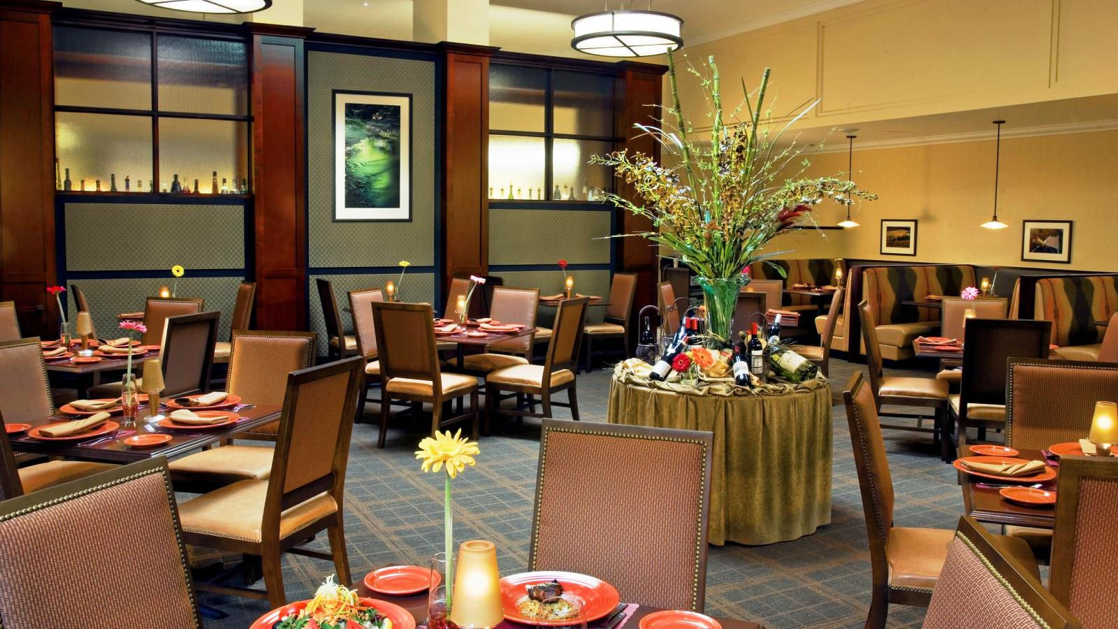 Portland Airport Meeting Space - Columbia Grill and Bar Restaurant